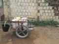 Residentes de Cascavel buscando agua en la cisterna publica 2