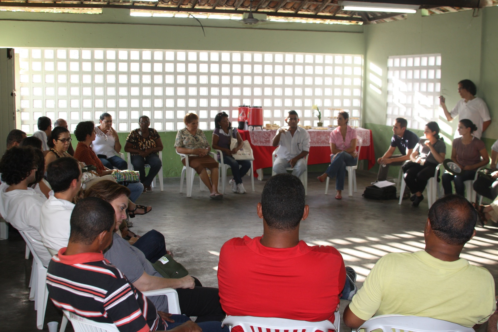 Visit to Mustardinha 8, meeting with the community members